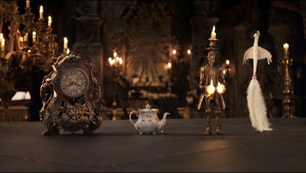《美女与野兽》真人版预告片创下单日播放新纪录(在线视频)-不想走
